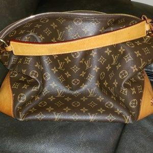 Louis Vuitton berri bag